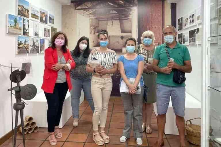 La concejala Noelia Serrano se reúne con los gerentes de los alojamientos rurales de Argamasilla de Alba