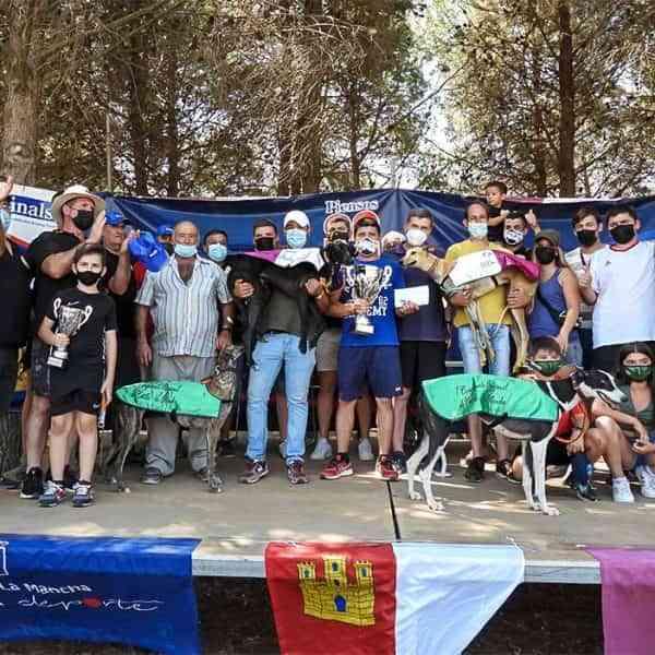 Satisfactoria celebración de hermandad en el I Campeonato de Galgos en Recta de Castilla-La Mancha