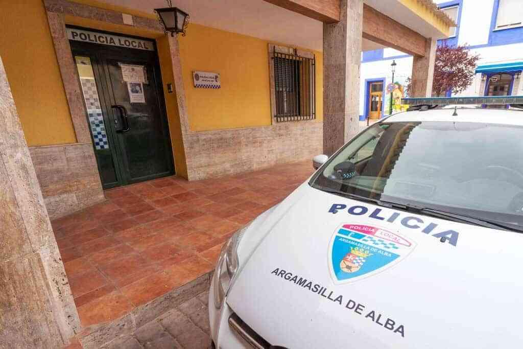 policia argamasilla de alba - Interceptado un conductor que quintuplicaba la tasa máxima de alcohol en Argamasilla de Alba